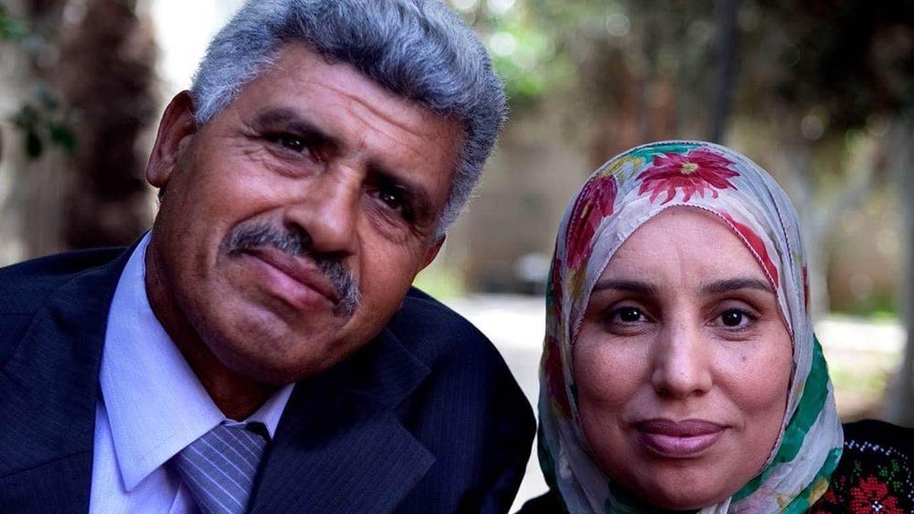 Sciopero della fame - ex prigioniero politico palestinese Ismail Abusalama con sua moglie.