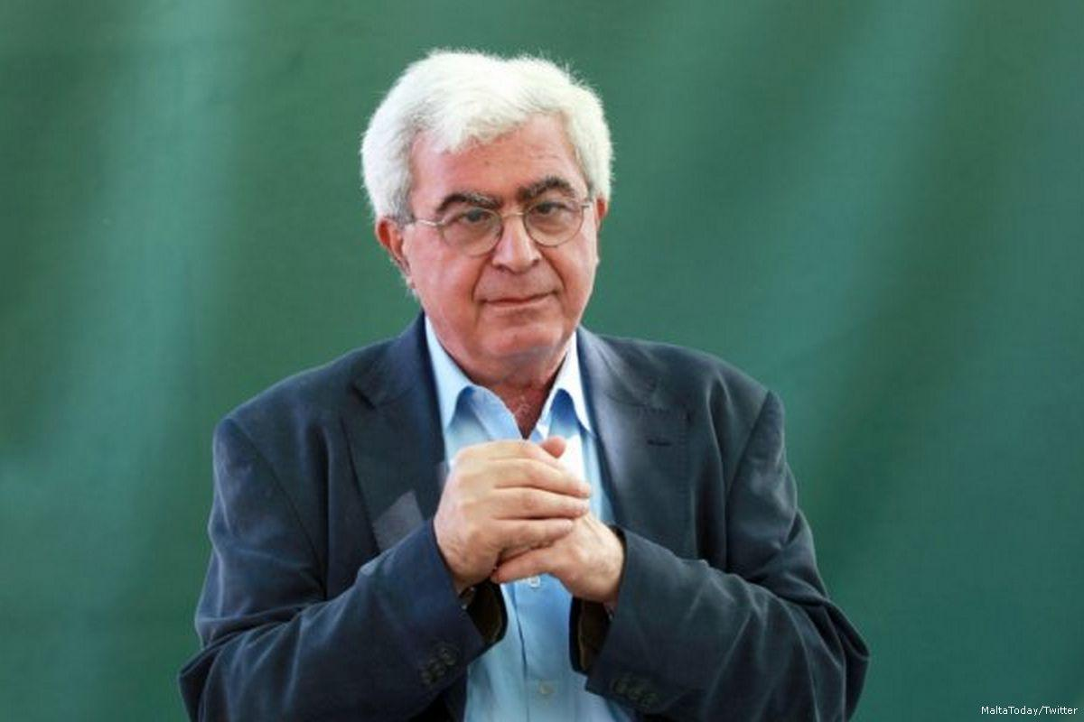 lo scrittore Elias Khoury
